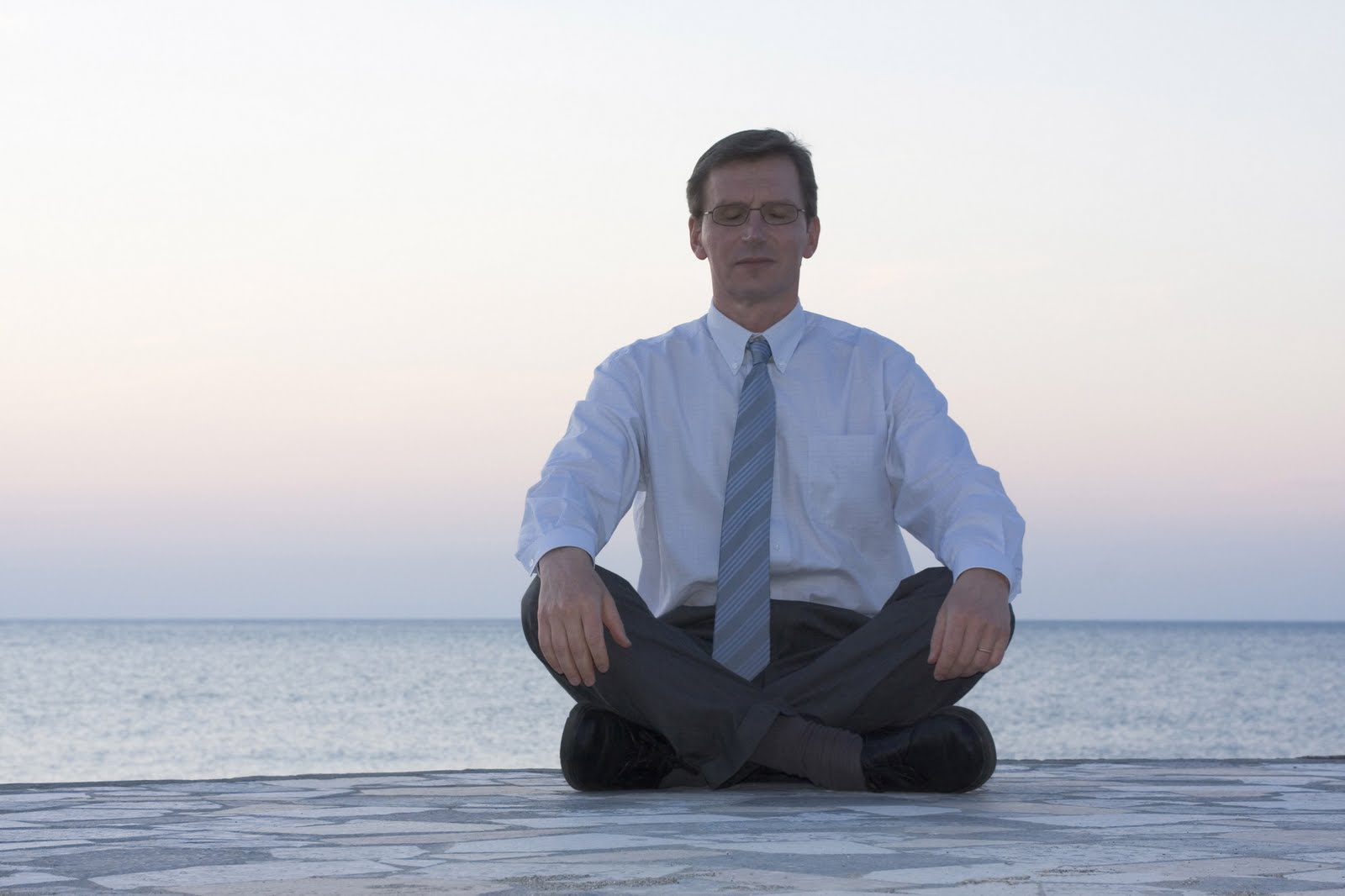 how to meditate in office. Reboot Your Brain How To Meditate In Office