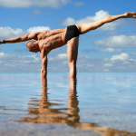 5 Reasons Guys Should Do Yoga
